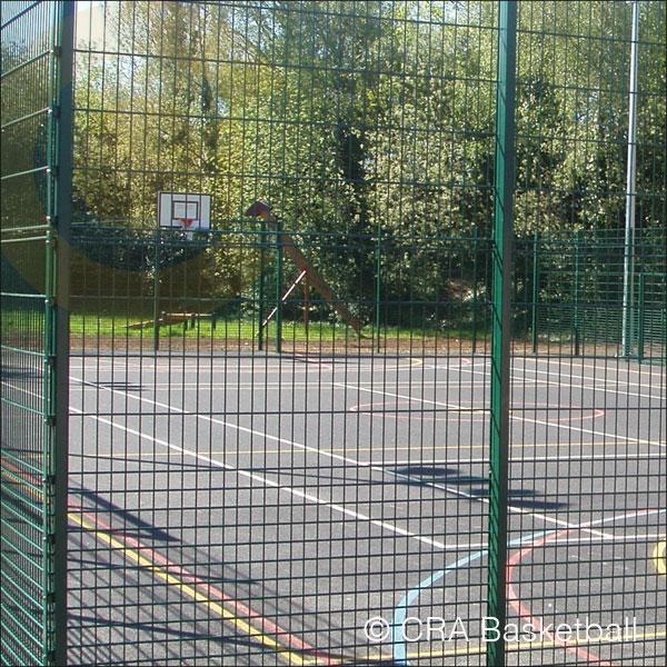 OUTDOOR STEEL BASKETBALL COURT SURROUND FENCE